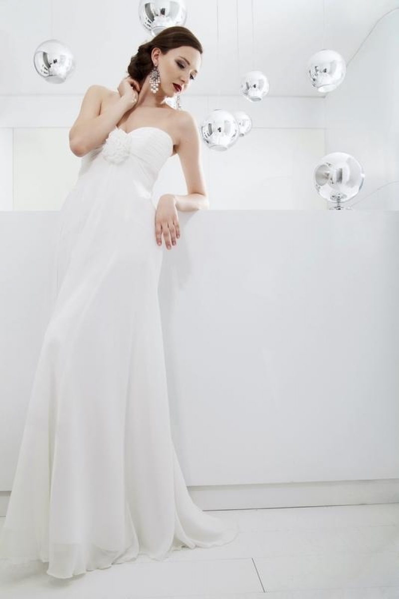 Brautkleid Empire 103