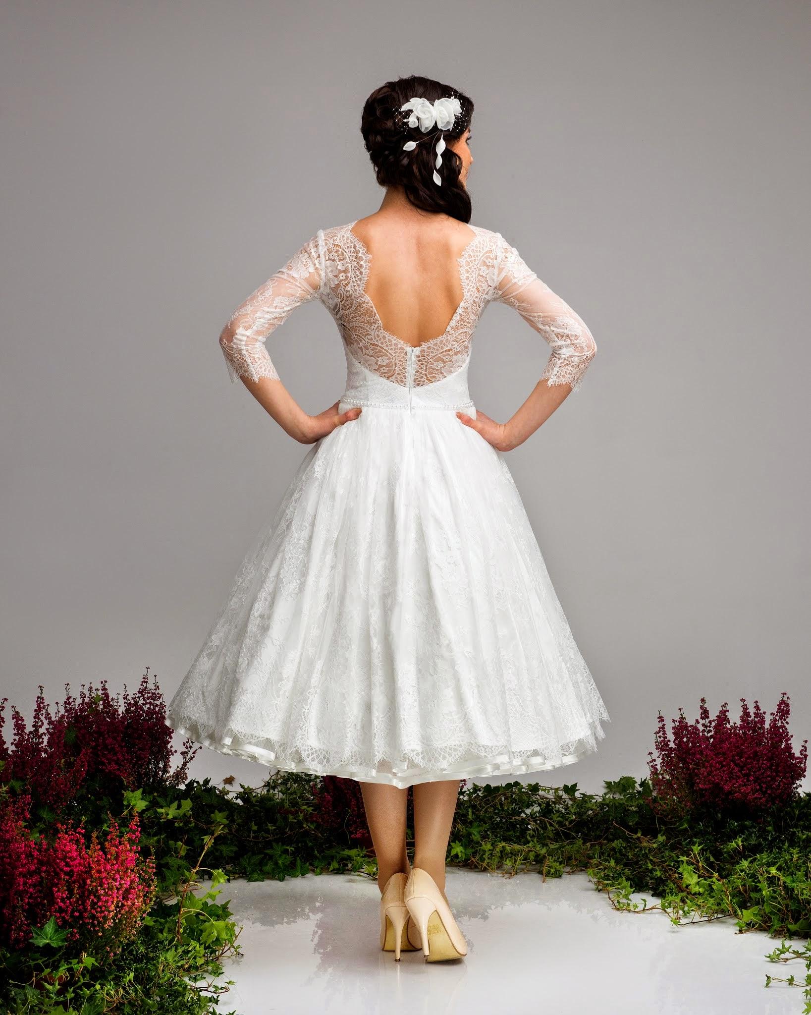 Kurzes Spitzen-Brautkleid Hochzeitskleid Cindy 17-er Stil